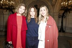 Stella McCartney with Arizona Muse and Carmen Jorda after the Winter 2017 runway show in Paris.