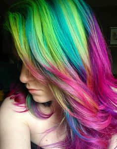 Ursula Goff is a is a super talented colourist, with a passion for rainbows and vibrant hair colour. Today she talks to us about life as a #rainbowhair artist and shares some of her creations... Read it here: https://www.rainbowhaircolour.com/5-minutes-with-ursula-goff-talking-about-life-as-a-rainbow-hair-artist/