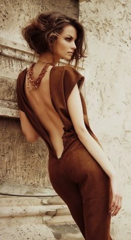 Must-See Short Wavy Hair Ideas - Maybe its the dress. Highly likely its the model. But, no doubt, the pose is hot.