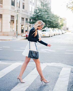 Chic of the Week: Lauren's Trendy Turtleneck - @lilliangbeckett
