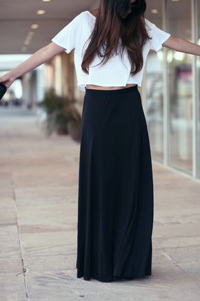 Black Floor Length High Waisted Flowing Evening Maxi Skirt - Elvira - Black maxi skirt