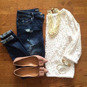 Destroyed Denim Skinny Jeans, Lace Top, Pearl Necklace, J.Crew Emery Bow Flats   #weekendwear #casualstyle #liketkit   www.liketk.it/176A2   IG: @whitecoatwardrobe