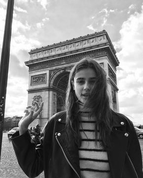 24 Hours in the Life of Taylor Hill at Paris Fashion Week - pinterest: thetrendedit