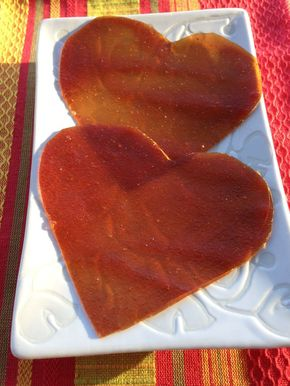 Easy Fruit Leather Recipe - Make heart-shaped fruit leather with this fun and easy recipe! http://www.greenkidcrafts.com/easy-fruit-leather-recipe/