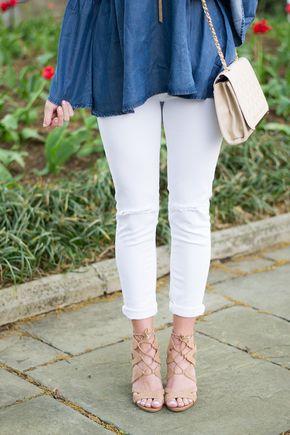Chic of the Week: Kelsey's Beautiful Bell Sleeves - Pinterest: EllDuclos