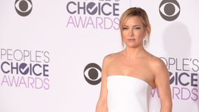 15 Of The Best Looks From The People's Choice Awards: Kate Hudson, Vanessa Hudgens and many more of your favorite celebs killed it at the People's Choice Awards last night. The red carpet has spoken, and these gowns are fabulous.