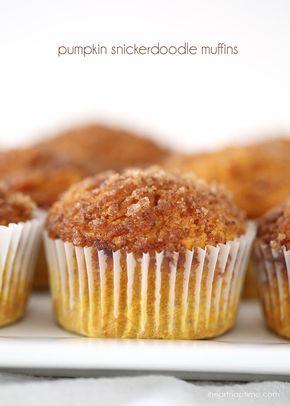 Pumpkin snickerdoodle muffins - Pumpkin snickerdoodle muffins I Heart Nap Time | I Heart Nap Time - Easy recipes, DIY crafts, Homemaking
