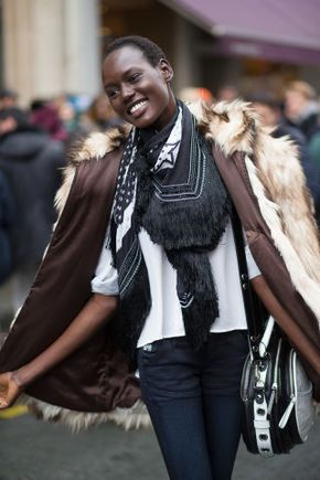 Ooh La La: More Street Style Looks from Couture - Details in street style. Couture Week in Paris: