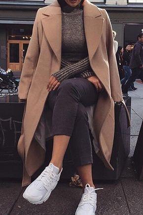 Faux Fur Hooded Collar Long Sleeves Thicken Denim Coat - Pinterest: @yacatrinei