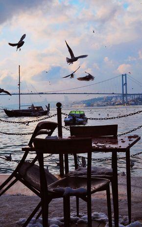şurda bi çay içip İstanbul'un güzelliğine bir kere daha hayean olmaktır