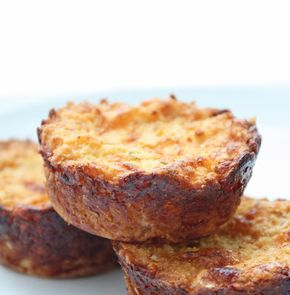 Jalapeno and Cheddar Cauliflower Muffins (Low carb and gluten free) - Jalapeno & Cheddar Cauliflower Muffins - These go perfectly with some some eggs for breakfast or as a veggie side dish to any protein for dinner.  - 1.8g net carbs per muffin