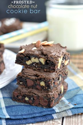 Frosted Chocolate Nut Cookie Bars - Pinterest:  ♕Tyizzlecup♕