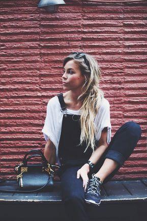 Bleach Wash Wrapped Jeans - Pinterest;  @Beckayyeah ♡