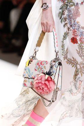 Fendi Spring 2017 Ready-to-Wear Fashion Show - See detail photos from the Fendi Spring 2017 show at Milan Fashion Week.