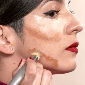 How to: Contour for a square face shape