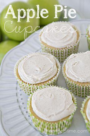 Apple Pie Cupcakes & Cinnamon Cream Cheese Icing - Apple Pie Cupcakes I Heart Nap Time | I Heart Nap Time - Easy recipes, DIY crafts, Homemaking
