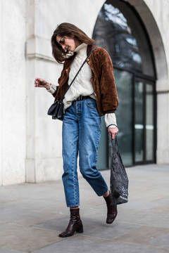 Die schönsten Looks aus den Straßen der London Fashion Week - Streestyles von der London Fashion Week im Januar 2015: Die besten Looks der Londoner Modewoche jenseits der Laufstege hat die flair-Redaktion hier für sie zusammengestellt.