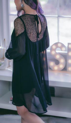 Junior Women's Want & Need Illusion Yoke Shift Dress - pinterest ↠ @KelseyAlice17