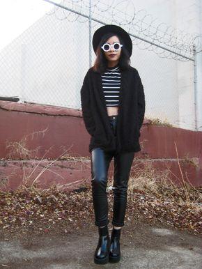 Trendy Blogger Womens Fashion Thick Round Sunglasses 8980 - 1FINEDAI: Trendy Blogger Womens Fashion Thick Round Sunglasses 8980