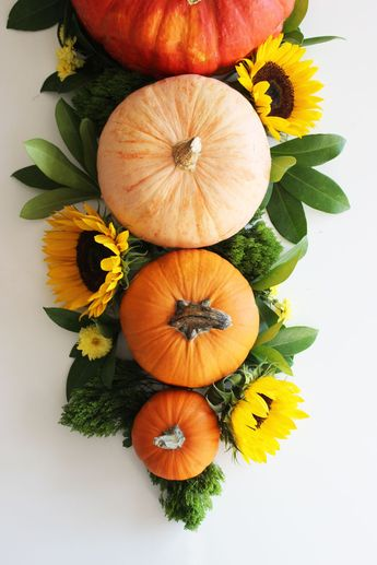 5 - Minute Thanksgiving Tablescape