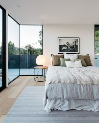 Modern Residence Full of Light and Comfortable Spaces in the city of Los Angeles, California, USA