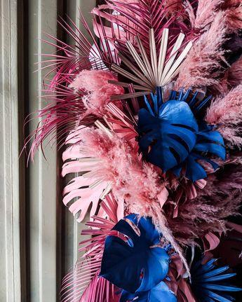 Невозможно не любить Flowers @mariagerman.decor #tropical #tropics #colorful #colors #flowers #floral #floraldesign #flowerstagram…