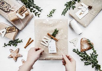 5 ways to wrap Christmas presents with kraft paper