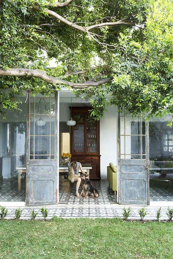 Tour a Cape Town Home With Gorgeous Blues