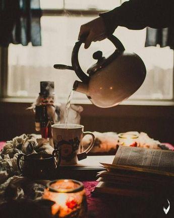#sunday #sundayfunday #sundaymood #coffee #netflixandchill #chill #bed #love #autumn #november #books #cozy