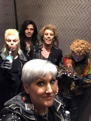 The Lost Boys with Eryn Krueger Mekash, the one in charge of costume design and a whole list of other things for this event at Monsterpalooza. I had to share this as I thought it was funny. I mean picture the boys in an elevator with David sipping water and Marko on his phone! Ha ha.