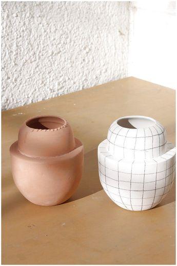 Dunja Ignis Ceramics / Contemporary Ceramics - minimal ceramics design  #ModernPotteryIdeas #ModernPottery #PotteryIdeas #Ceramic click now for more.