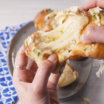 Brie Stuffed Garlic Bread
