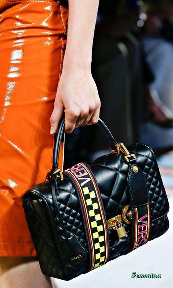 Versace Spring/Summer 2019 RTW #bag #summerdesignerpurses #versacehandbags