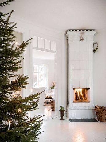Ёлки и минимализм: праздничная атмосфера в доме в Швеции