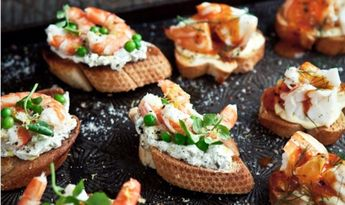 How to Choose Passed Hors D'oeuvres
