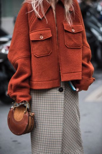 Boxy jacket over plaid skirt  Street style, street fashion, best street style, OOTD, OOTD Inspo, street style stalking, outfit ideas, what to wear now, Fashion Bloggers, Style, Seasonal Style, Outfit Inspiration, Trends, Looks, Outfits.