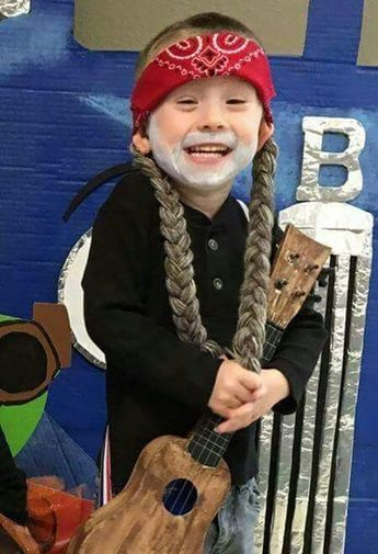 13 clever Halloween costumes for kids