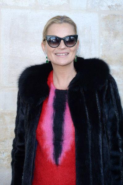 Kate Moss attends  the Louis Vuitton Menswear Fall/Winter 2017-2018 show.