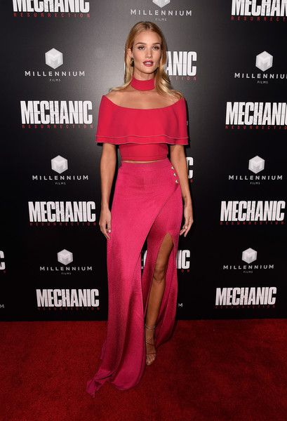 Actress Rosie Huntington-Whiteley attends the premiere of Summit Entertainment's 'Mechanic: Resurrection.'