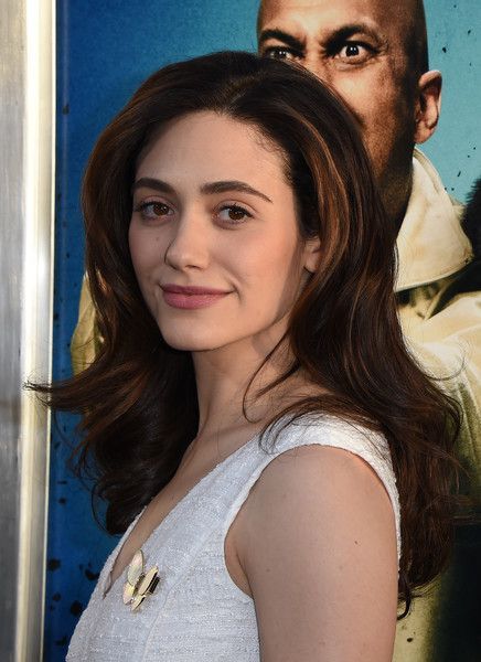 Actress Emmy Rossum arrives for the premiere of the film 'Keanu' at the Archlight Cinerama Dome Theater in Hollywood, California on April 27, 2016 / AFP / Mark Ralston