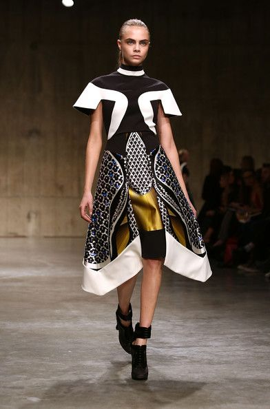 Peter Pilotto, Fall 2013 - Cara Delevingne on the Catwalk - Photos