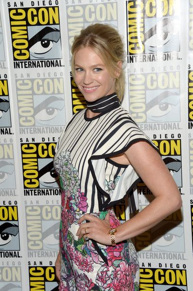 January Jones attends 'The Last Man On Earth' press line during Comic-Con.