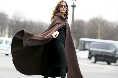 The Fashion Girl's Guide to Parisian Street Style | When In Doubt, Work the Cape