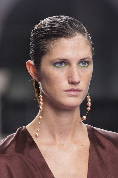 Mulberry, Fall 2017 - The Most Badass Jewelry on the London Runway - Photos