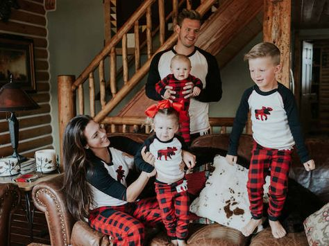 The Best Plaid Family Pajamas in Sizes for Your Entire Family!