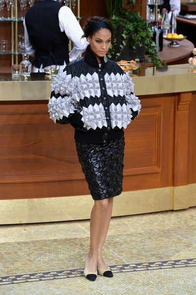 Chanel, Fall 2015 - This Is Why Joan Smalls Rules the Runway - Photos