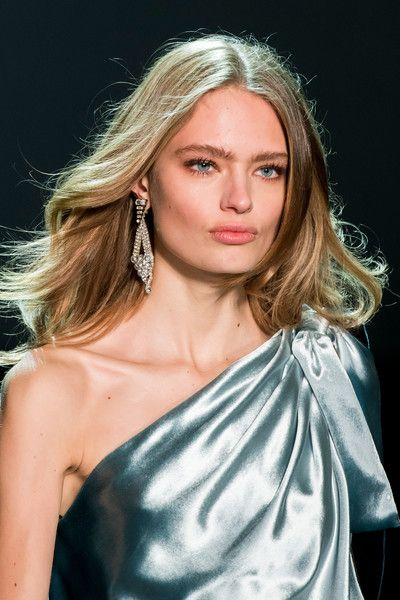 Alexandre Vauthier Couture, Spring 2017 - Couture's Spring '17 Runway Jewelry Is Really Fierce - Photos