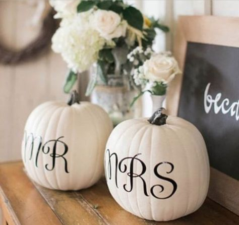 Mr. and Mrs. Pumpkins - 101 Fabulous Pumpkin Decorating Ideas - Photos