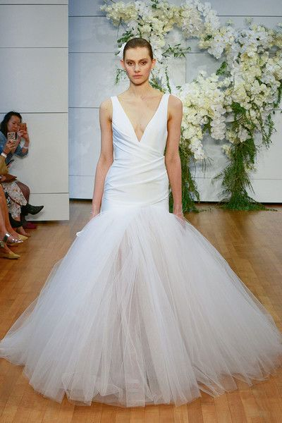 Monique Lhuillier Bridal, Spring 2017 -  A Sneak Peek at Next Year's Most Beautiful Wedding Dresses - Photos