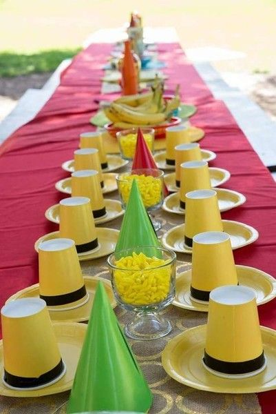 Set the table like the man in the yellow hat - Kids Birthday Party Ideas Inspired by Awesome Books - Photos